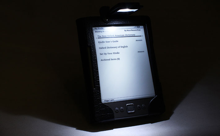 kindle_dark_light